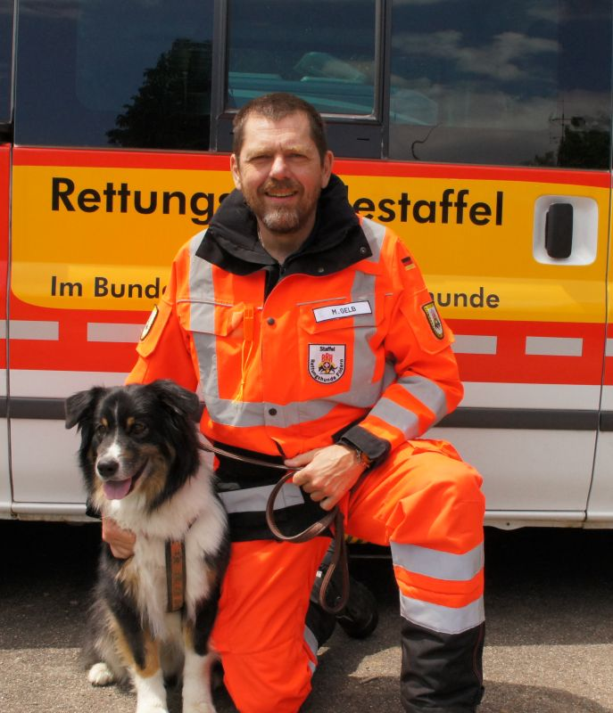 Rettungshundeteam Matthias und Dosh