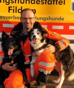 Rettungshundeteam Thomas mit Peevee und Cocco